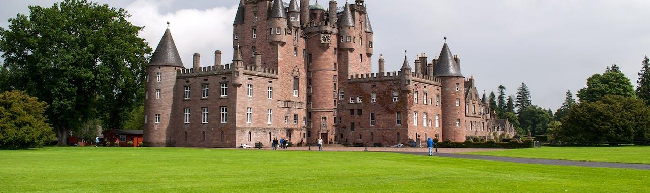 Central Scotland, Glamis castle and garden